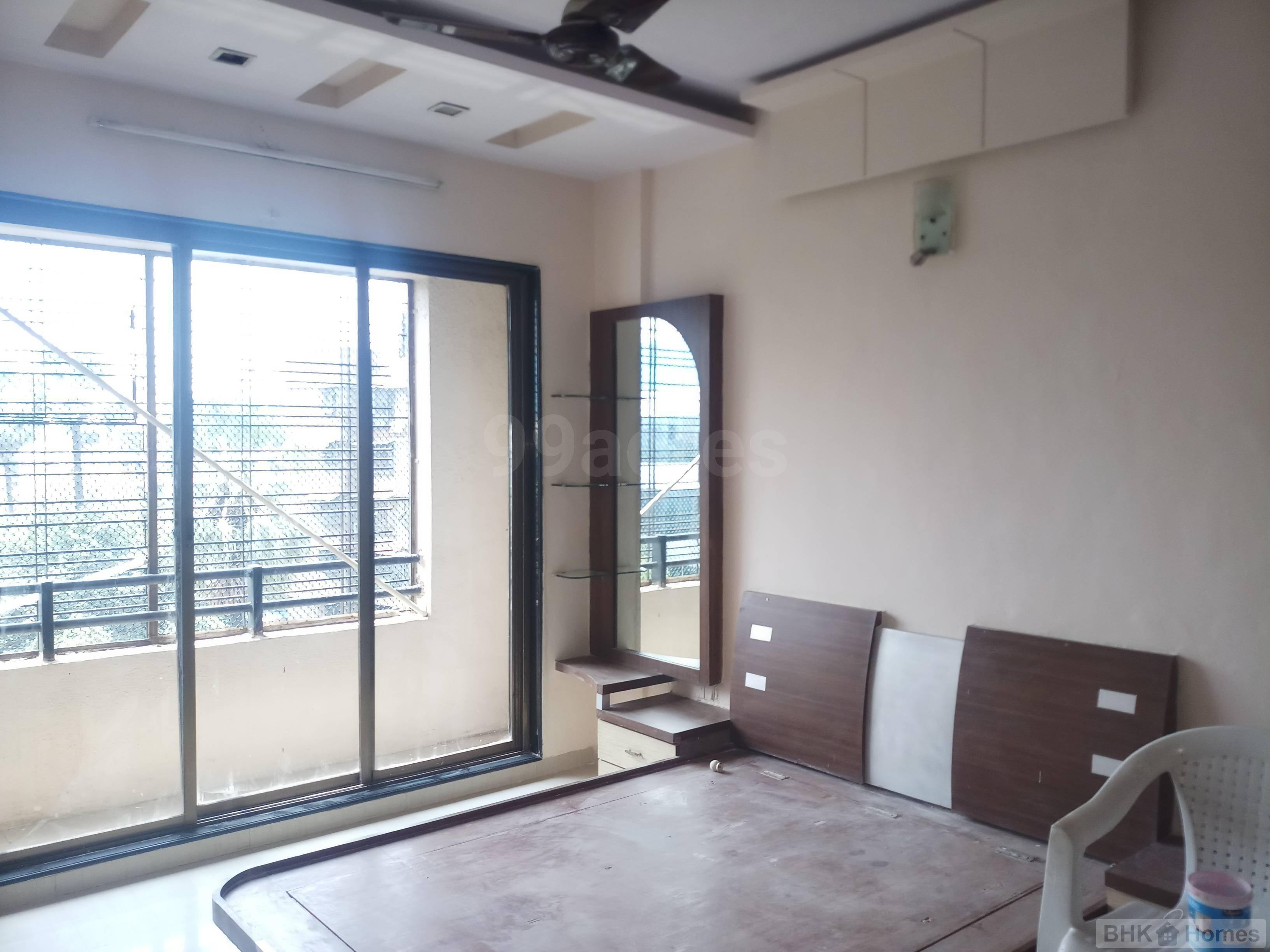 1 BHK Residential Apartment for Sale in Mukta Mahek Residency, Kandivali