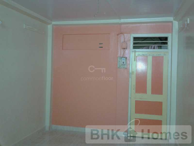 2 BHK Villa for Sale in Malad West