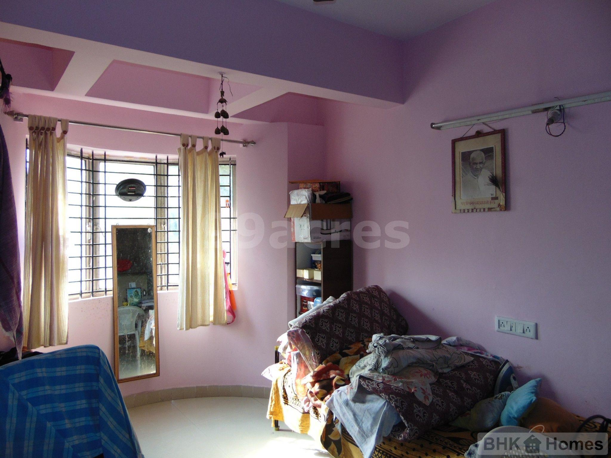 2 BHK  Apartment for Sale in Gayatri Niketan