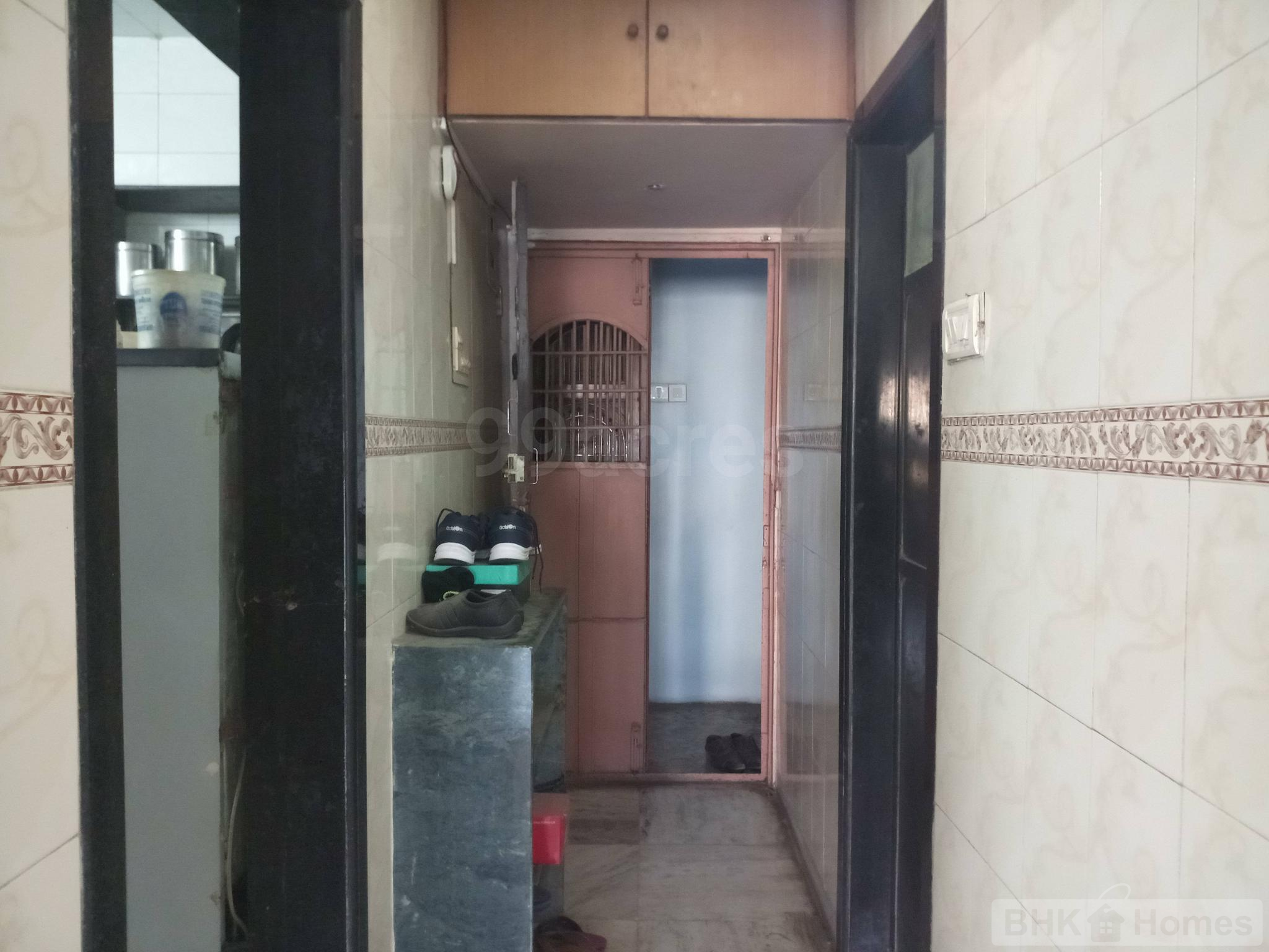2 BHK Residential Apartment for Sale Thane West