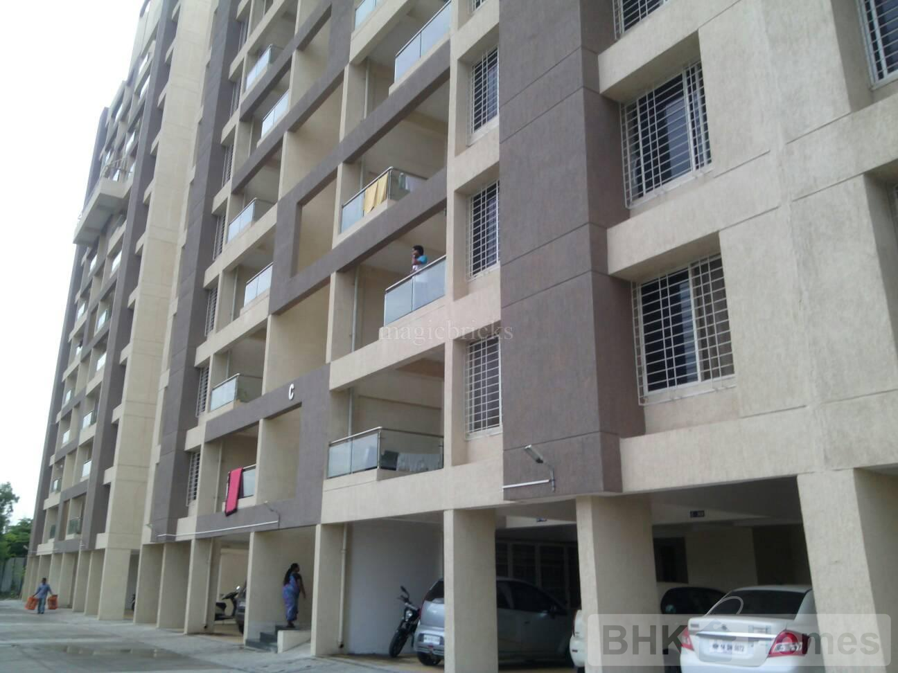 3 BHK Flat for sale in Tathawade, Pune