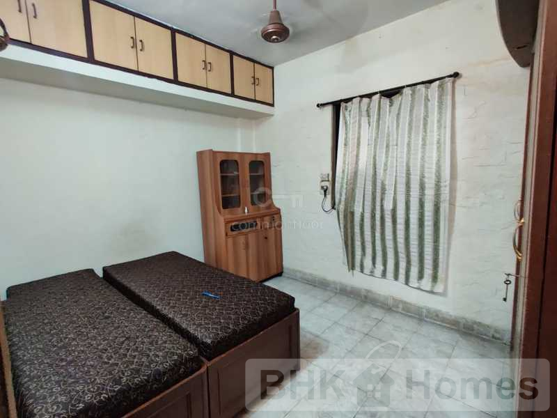 2 BHK Apartment for sale in Malad East