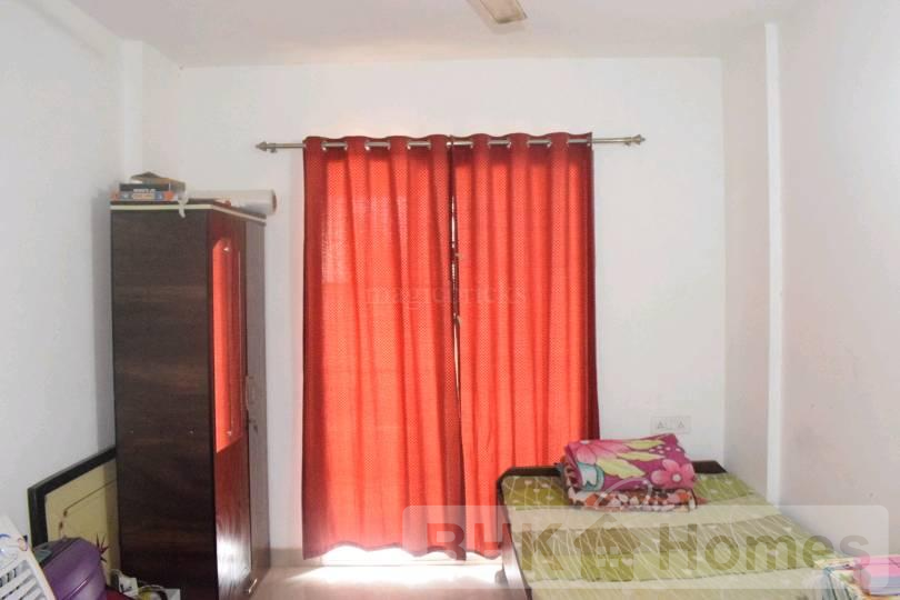 1 BHK Flat for sale in Manjri