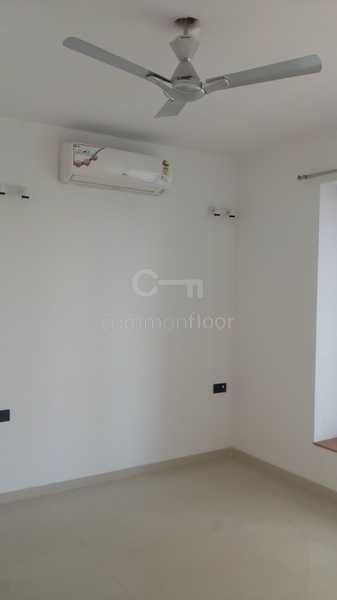1 BHK Apartment for Sale in Amboli