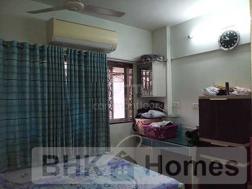 1 BHK Apartment for Sale in Versova